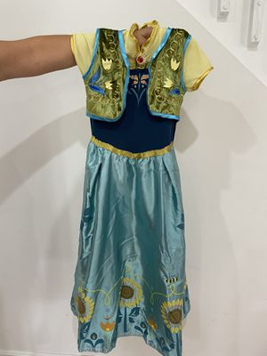 Princess Ana costume kid size M for Sale in FL, US