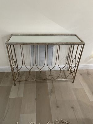 Console table for Sale in Winter Garden, FL