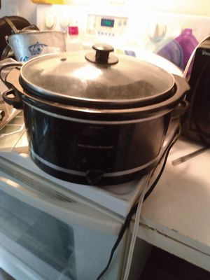 Crock pot 5 bucks for Sale in Las Vegas, NV