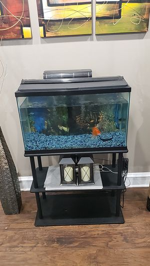 AQUARIUM FOR SALE 30 GALLONS for Sale in Chicago, IL