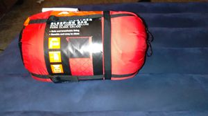 Deluxe XL warm weather sleeping bag for Sale in Houston, TX