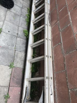 Aluminum Ladder for Sale in Los Angeles, CA