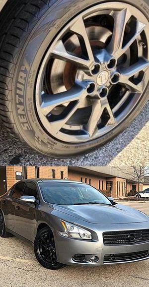 Price$1200 Nissan Maxima for Sale in Chicago, IL