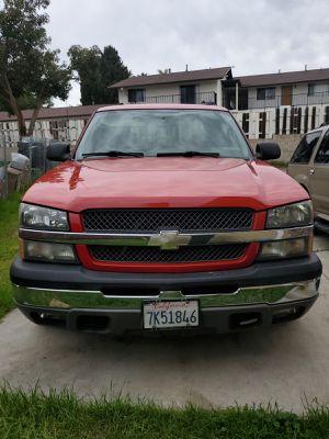 2004 Chevy Silverado for Sale in Vista, CA
