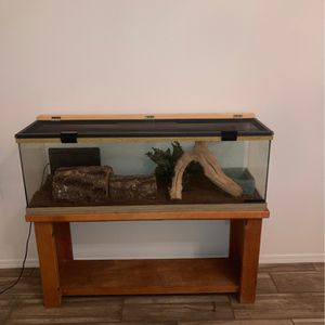 Snake Tank With Accories for Sale in Santa Maria, CA