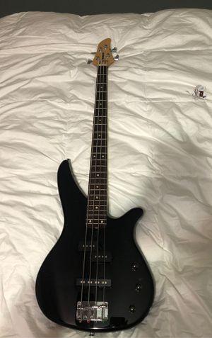 YAMAHA Bass guitar for Sale in Miami, FL