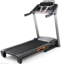 NordicTrack Zi Treadmill for Sale in Oakland,  CA