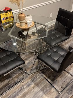 Dining Glass Table for Sale in Lebanon,  TN