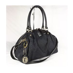 Authentic Gucci Monogram Black Bowling Satchel Bag for Sale in Chicago, IL