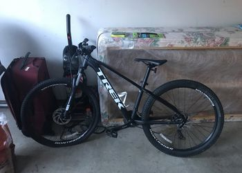 Trek Bike For Sale Has A Front Flat Shop Did Not Want To Fix It Because It Was Before Winter. for Sale in Wenatchee,  WA
