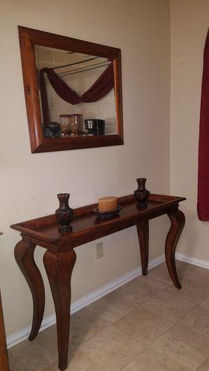 Mesa y espejo for Sale in Brentwood, NC