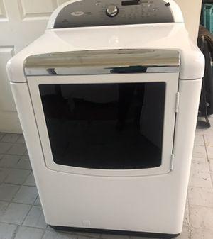 Secadora de gas excelente condiciones marca whirlpool cabrío for Sale in Rialto, CA
