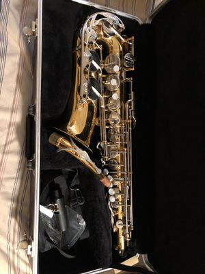 Vito Alto Saxophone (LOOKING FOR TRADE OR SELL) for Sale in Kent, OH