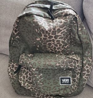 Van's Classic Realm Backpack in Cheetah for Sale in HUNTINGTN BCH, CA