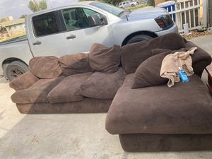 Couch/sectional for Sale in Bakersfield, CA