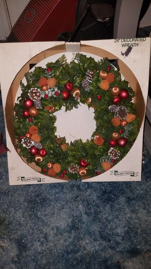"""24"""" xmas wreath for Sale in Altoona, PA"""