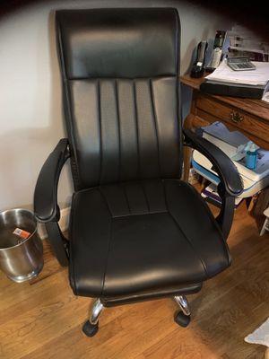 Desk chair for Sale in Savannah, GA