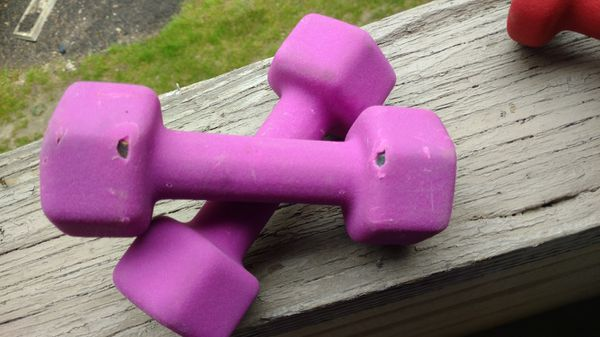 Set of 4 purple and red 3 lb and 5 lb dumbbell set