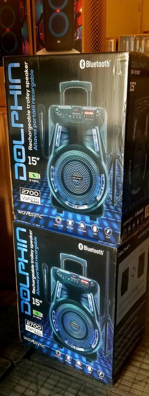 2700 watts Rechargeble speaker. Bluetooth. FM Radio. Stand and microphone included. Wheels. Connect two together wirelessly. Nuevos en caja. for Sale in Miami Springs, FL