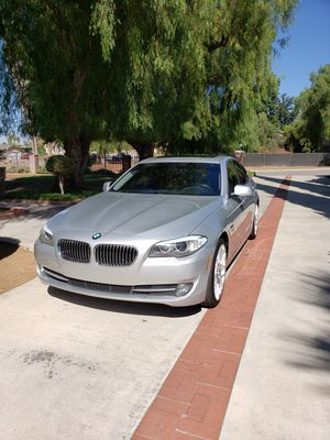 BMW 528i xdrive/awd for Sale in Riverside, CA