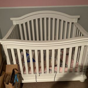 Crib for Sale in Lowell, MA