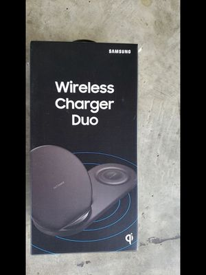 Samsung fast wireless duo charger. Charge 2 phones or phone and watch for Sale in Garden Grove, CA