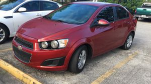 Chevy sonic 2012 for Sale in Miami, FL