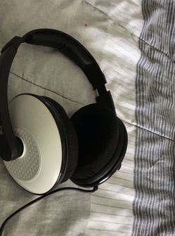 TURTLE BEACH XL20 HEADPHONES for Sale in Hialeah,  FL