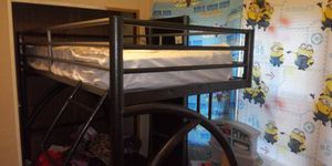 Loft bed w\desk matress not included for Sale in Kolin, LA