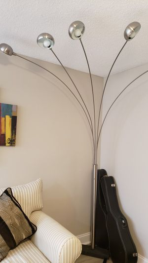 CLASSIC FLOOR LAMP $100 for Sale in Tampa, FL