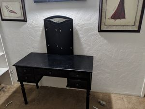 Make up vanity for Sale in Vallejo, CA