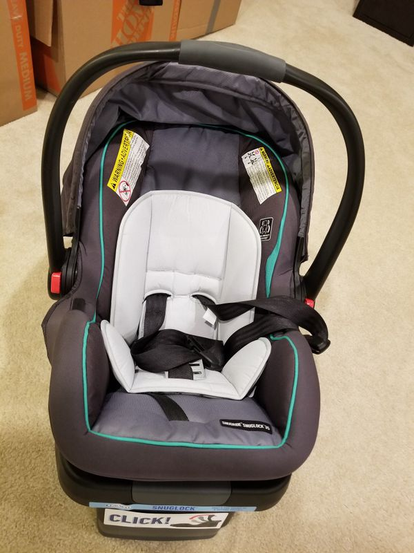 Graco infant car seat in excellent condition