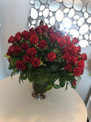 Selling roses $250 for Sale in Dallas, TX