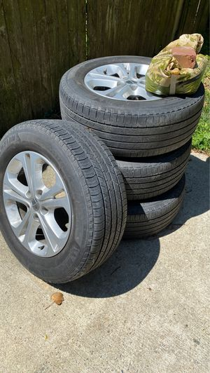 Used 2013 Dodge Durango Rims & Tire for Sale in Suitland-Silver Hill, MD
