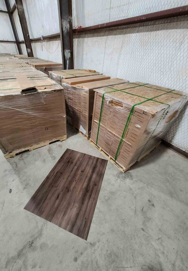 Luxury vinyl flooring!!! Only .65 cents a sq ft!! Liquidation close out! X36M2