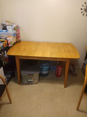 Coaster brand dining table for Sale in Fremont, CA