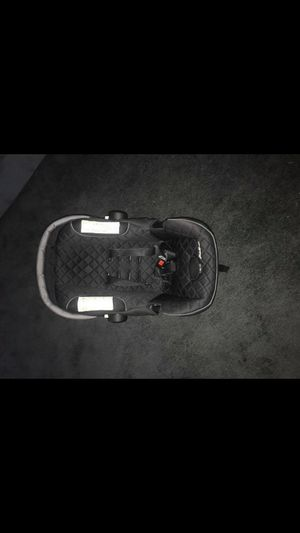 Infant car seat for Sale in Detroit, MI