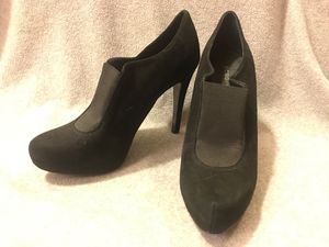 BCBG eneration high heels size 8.5 for Sale in DuPont, WA