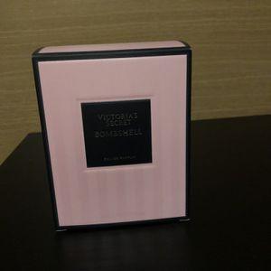 Victoria Secret Bombshell 1.7oz 30$ for Sale in Portland, OR
