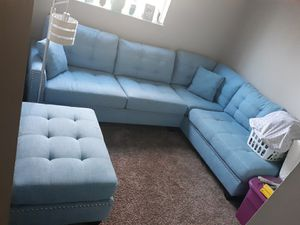 North Carolina Blue Sectional Couch with Ottoman for Sale in Columbus, OH
