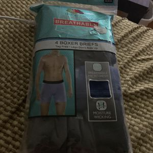 New Boxer Briefs Fruit Of The Loom Size Large for Sale in Middletown, CT