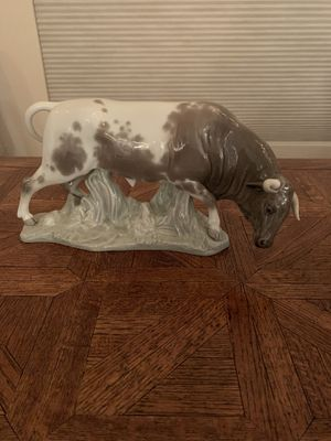 Lladro figurine: Standing bull for Sale in Mesa, AZ
