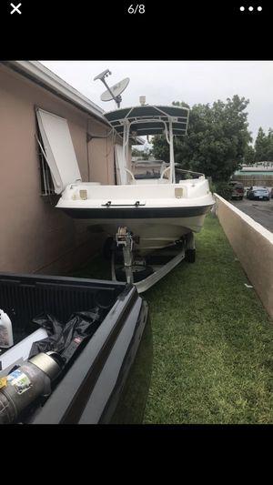 1997 Regal 21.1 ft center consul deck boat for Sale in Miami, FL