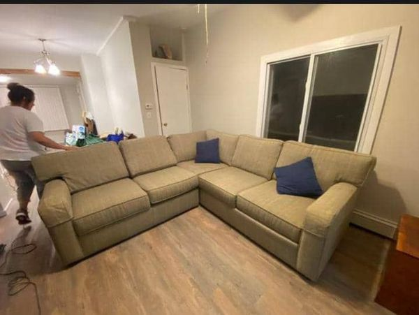 Good couch sent
