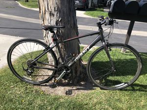 Giant Escape Hybrid Road Bike for Sale in Fountain Valley, CA