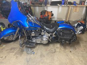 Who thousand four Harley Davidson Softail custom for Sale in Newnan, GA