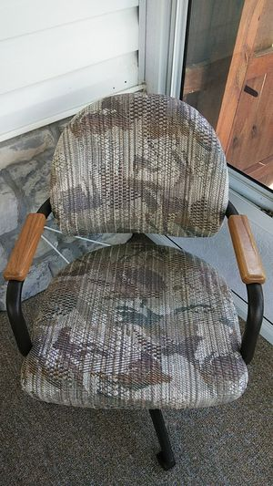 Two chairs for Sale in Independence, MO