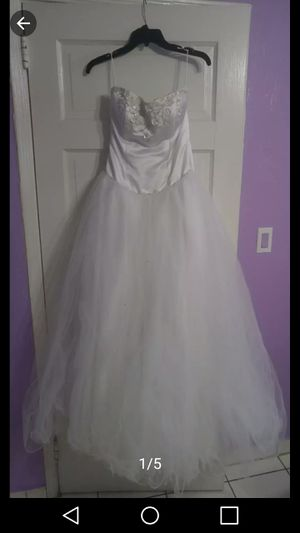 15s Dress / White Quinceanera Dress / Quince for Sale in Miami, FL