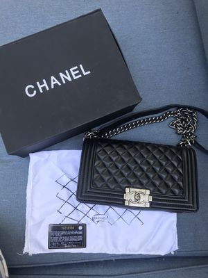 CHANEL Bag for Sale in Happy Valley, OR