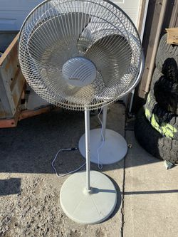 Fan for Sale in Spokane, WA